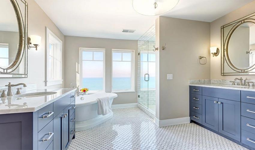Eccentric Traditional Restroom Design